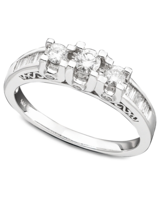 14k White Gold Three-Stone Diamond Ring (1/2 ct. t.w.)