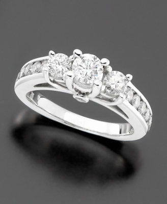 14k White Gold Diamond Three-Stone Ring (1-1/2 ct. t.w.)