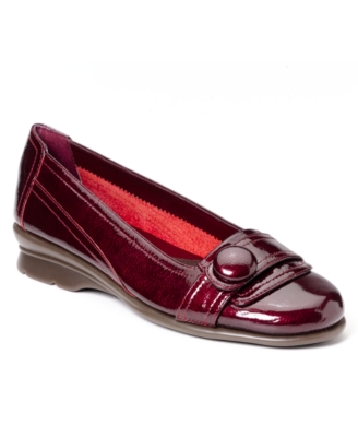 Aerosoles Shoes, Raspberry Flats Women's Shoes