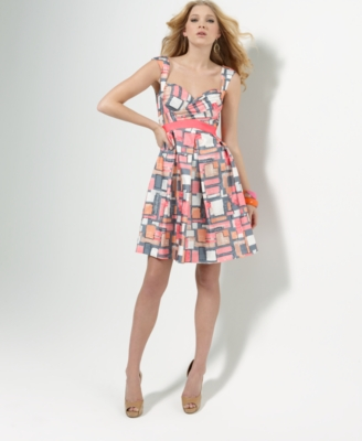 Jessica Simpson Dress, Sleeveless Printed Empire Waist