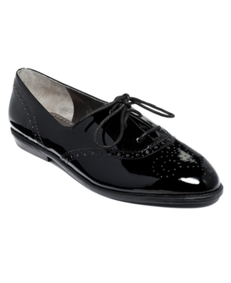 Marc Fisher Shoes, Dwell Flats Women's Shoes