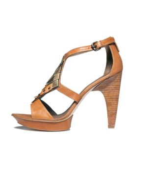 B. Makowsky Shoes, Inga Sandals Women's Shoes