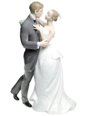 Lladro Collectible Figurine, Lovers Waltz