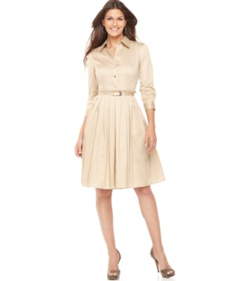 http://slimages.macys.com/is/image/MCY/products/5/optimized/945915_fpx.tif?bgc=255,255,255&wid=327&qlt=90,0&layer=comp&op_sharpen=0&resMode=bicub&op_usm=0.7,1.0,0.5,0&fmt=jpeg