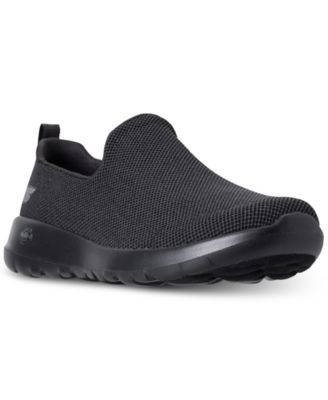 GOwalk Max Centric Wide Casual Sneakers