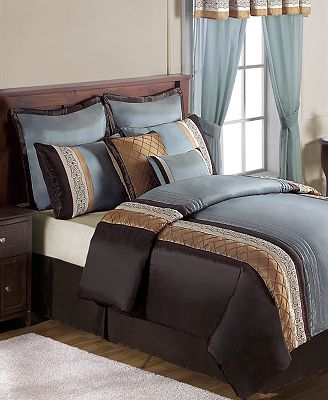 Callie 20 Piece California King Comforter Set Bed In A