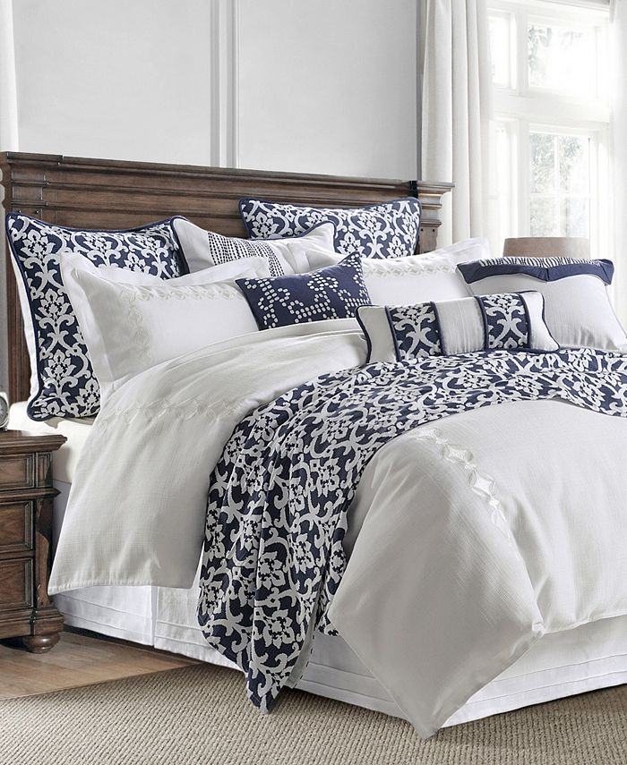 HiEnd Accents - 4 PC Kavali Linen Comforter Set with embroidery detail, Super King
