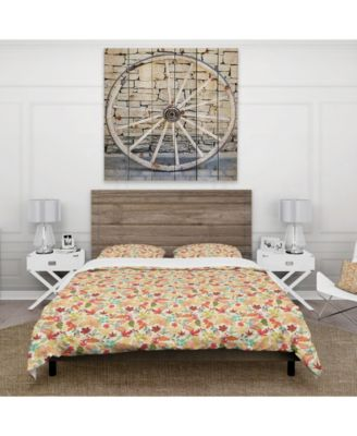 Designart 'Pattern With Stylized Autumn Leaves' Modern and Contemporary Duvet Cover Set - Twin
