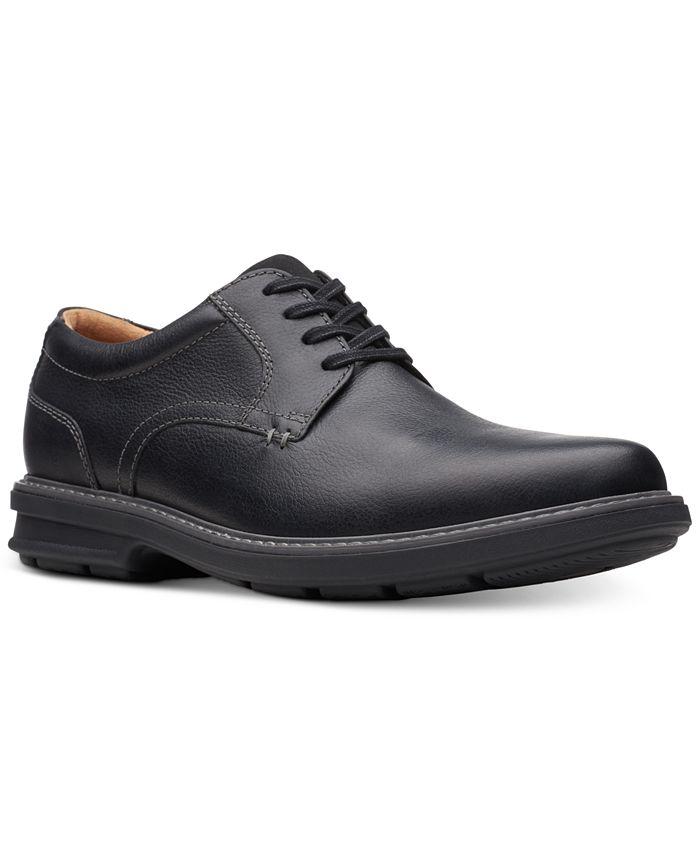 Clarks - Men's Rendell Plain Black Leather Casual Oxfords