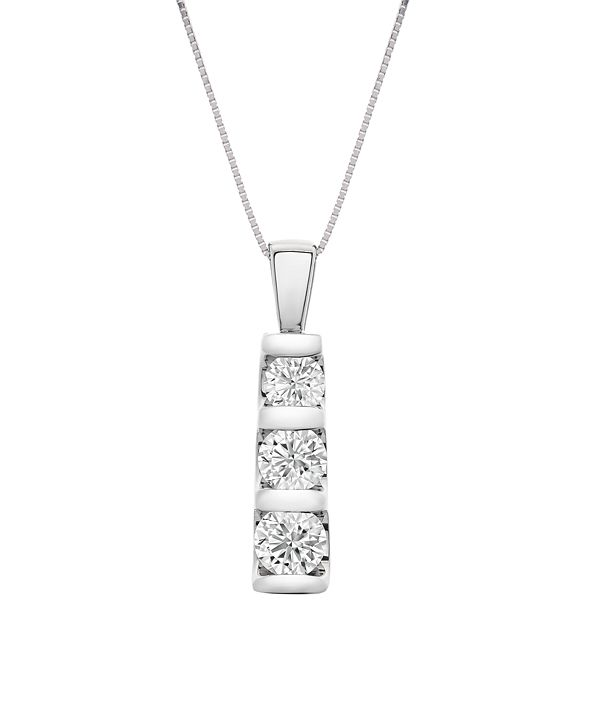 "Macy's Diamond Graduated 18"" Pendant Necklace (1-1/2 ct. t.w.) in 14k White Gold"