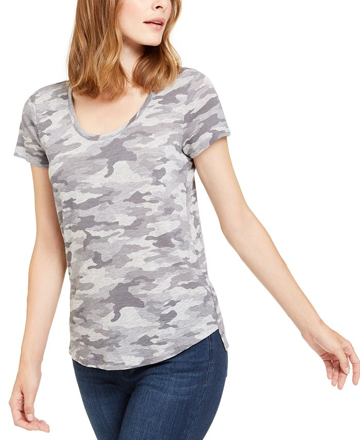 Vince Camuto - Camouflage-Print Top