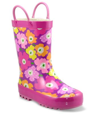 Browse girls' boots made from leather, nylon, suede, textile and synthetic materials to suit her needs and her style. girls' fashion boots and booties Give your little fashionista a look you both love with our variety of boot and bootie designs.