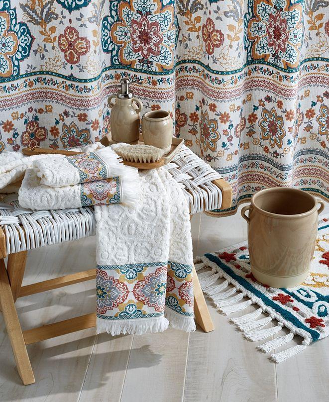 Peri Kilim Bath Collection