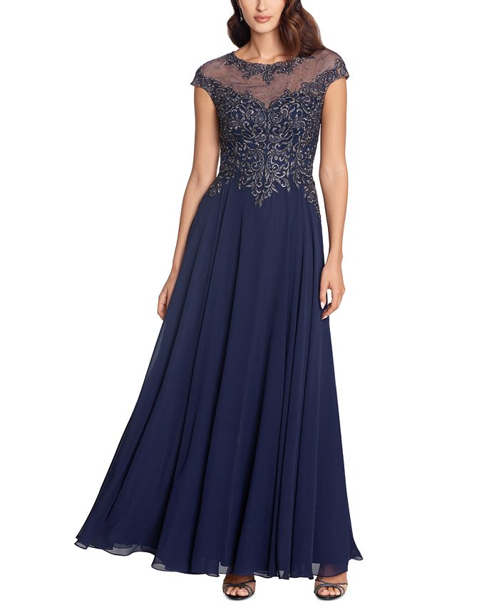 XSCAPE - Embellished Embroidered Gown