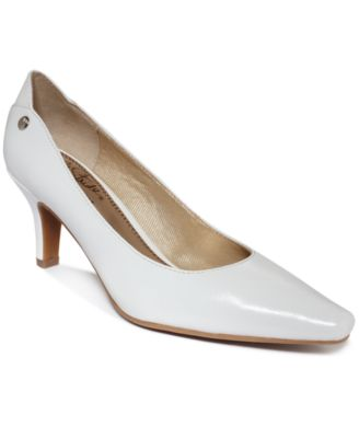 Life Stride Klarissa Pumps