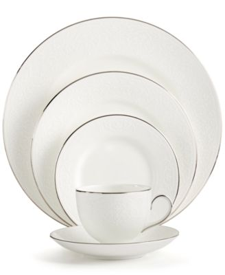 Wedgwood English Lace 5 Piece Place Setting