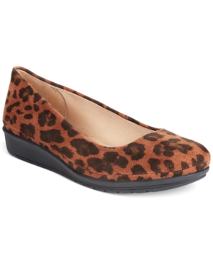 Easy Spirit Jazzy Flats Women's Shoes