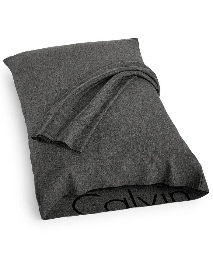 Calvin Klein - Modern Cotton Body Pair of King Pillowcases