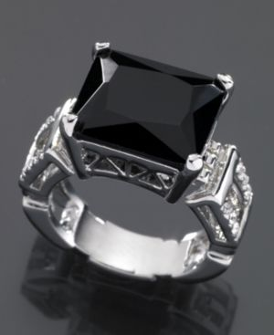 GUESS Ring, Crystal Accent Jet Stone
