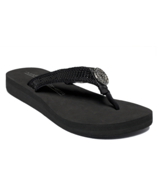 Marc Fisher Shoes, Finka Flip Flops Women's Shoes
