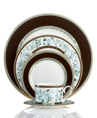 Marchesa by Lenox Dinnerware, Palatial Garden 5 Piece Place Setting