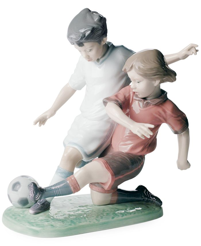 Lladró - Fair Play Figurine