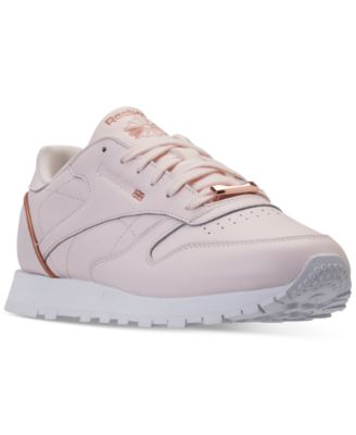 Classic Leather HW Casual Sneakers