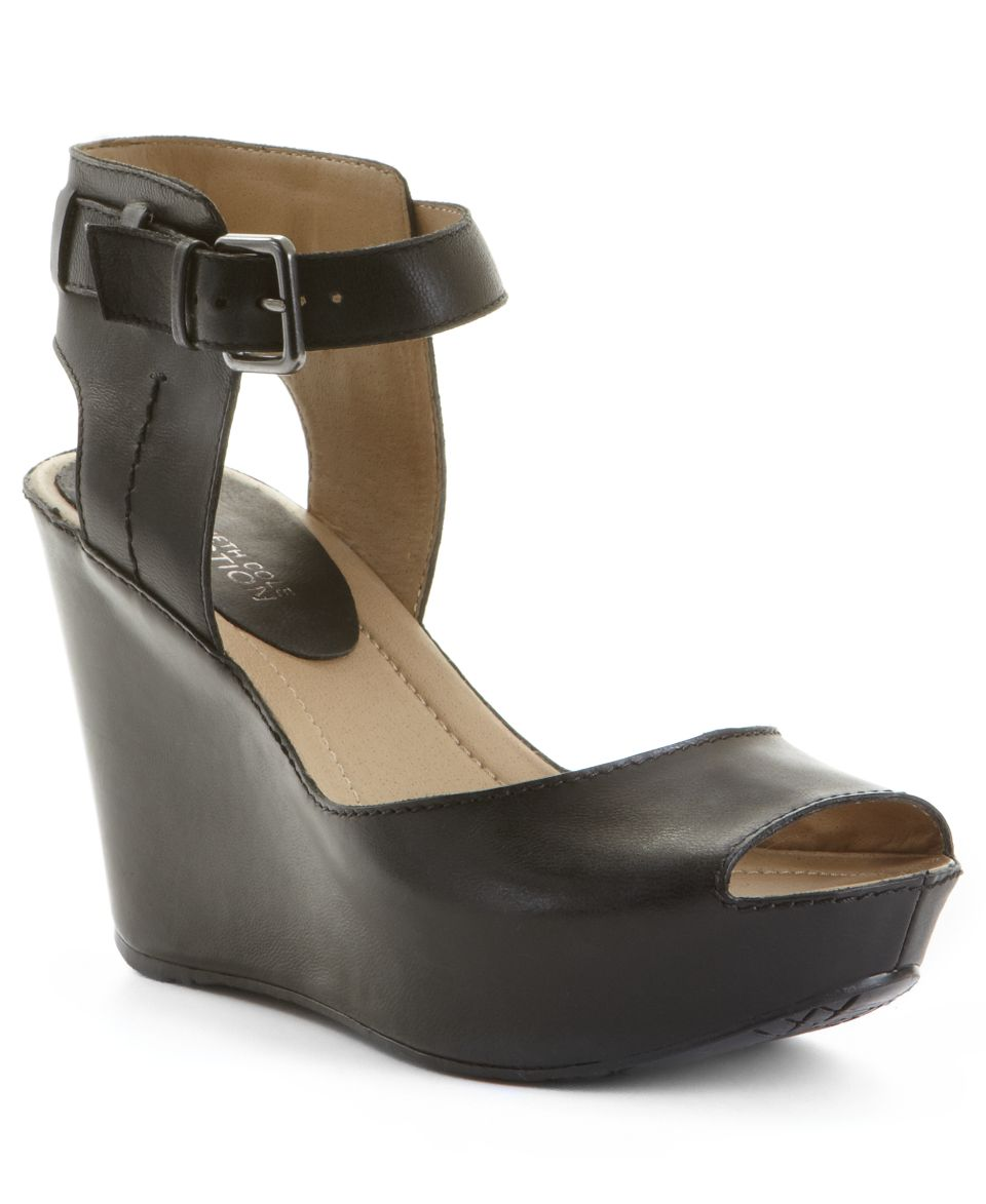 Kenneth Cole Reaction Womens Sole My Heart Platform Wedge Sandals   Shoes