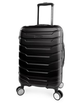"""Traction 21"""" Spinner Luggage"""