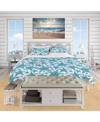 Designart 'Pattern Of Blue Starfish' Coastal Duvet Cover Set - Queen