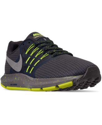 Run Swift SE Running Sneakers