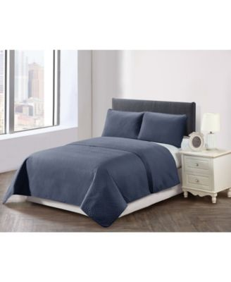 Casual Living Solid Color Chevron Stitch 3 Piece Quilt Set, King