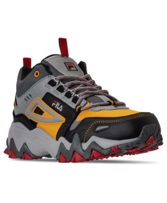 Oakmont TR Mid Hiking Sneakers