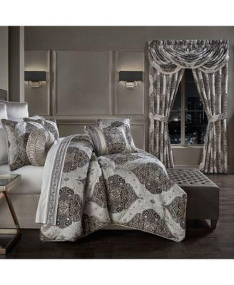 Desiree  Queen 4 Piece Comforter Set