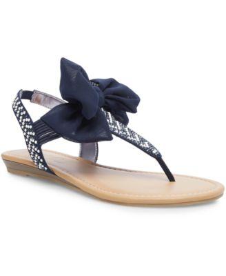 Wild Pair Swan Flat Thong Sandals