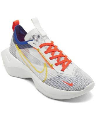 finish line nike shoes womens