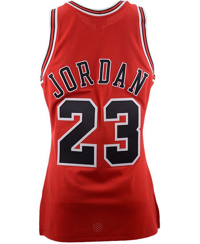 Mitchell & Ness - Men's Chicago Bulls Michael Jordan Authentic Jersey