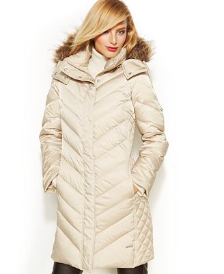 Kenneth Cole Reaction Hooded Faux Fur Trim Quilted Down