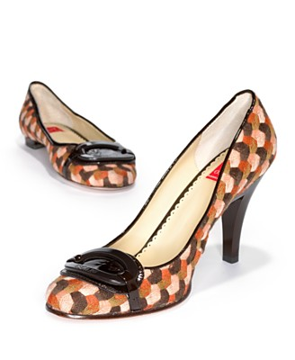 :: Adventures in the Stiletto Jungle ::: FOUND: Retro Mosaic Tweed Pumps & Flats :  pumps womens shoes
