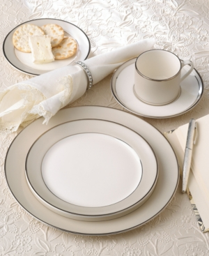 "Pickard ""Solstice"" 5 Piece Place Setting"