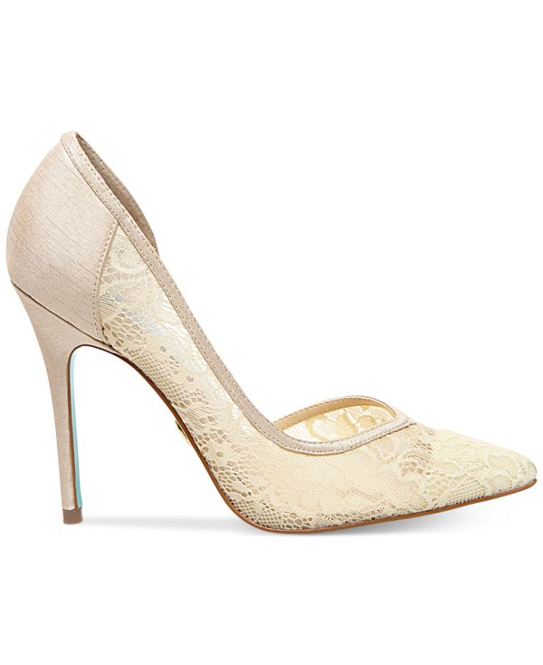 The Elegance of Nude Wedding Shoes