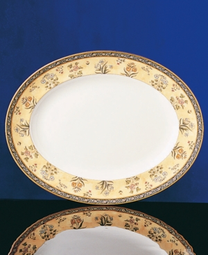 "Wedgwood ""India"" Medium Oval Platter"
