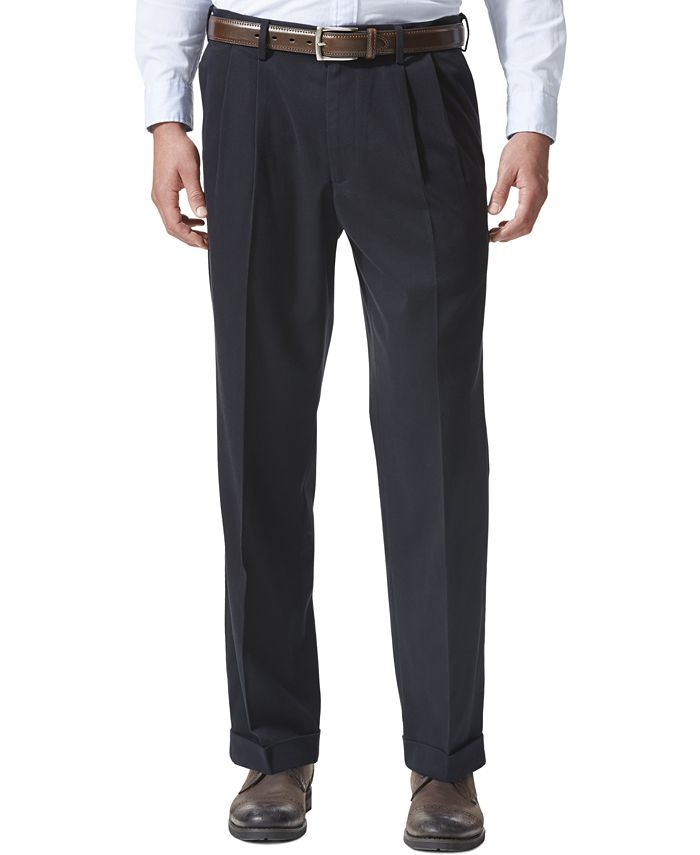 Dockers - Relaxed Fit Comfort Khaki Pleated Pants