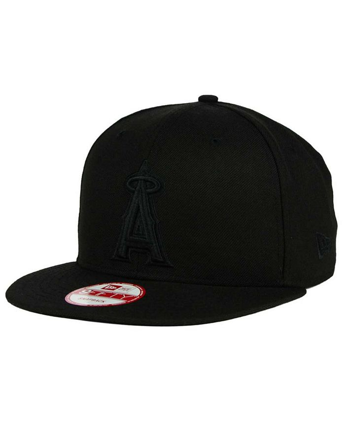 New Era - Los Angeles Angels of Anaheim Black on Black 9FIFTY Snapback Cap