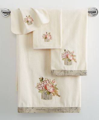 "Avanti Antique Bouquet 16"" x 30"" Hand Towel"