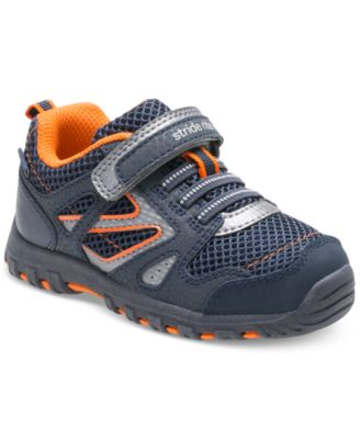 Stride Rite Made2Play Artin Sneakers