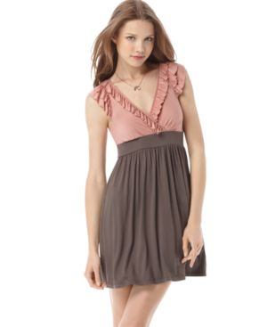 Soprano Dress, Sleeveless V-Neck Ruffle Colorblock