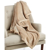 Deals on Throw Blankets on Sale from $9.99