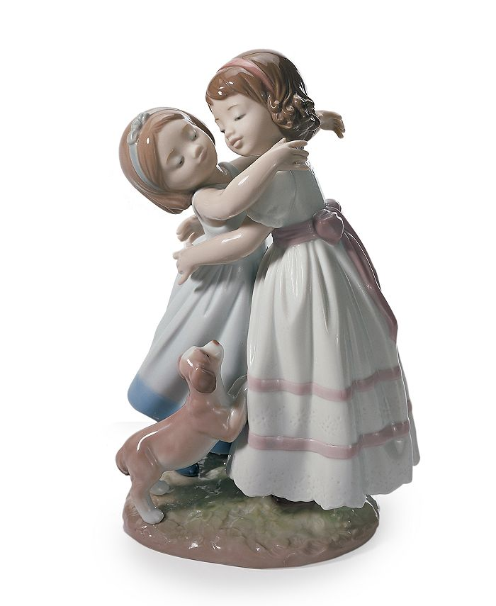 Lladró - Give Me A Hug Figurine
