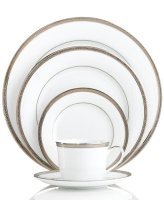 "Charter Club ""Grand Buffet Platinum"" 5-Piece Place Setting"